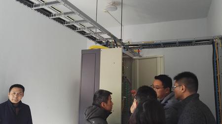 華創與蘋果公司對接光纜事宜及蘋果公司參觀一路由興和機房20180119 (3)(1).jpg