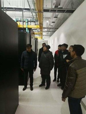 張總、王主任陪同廣州資拓數據公司參觀考察華為一二期機房、聯通數據機房20180202(5).jpg